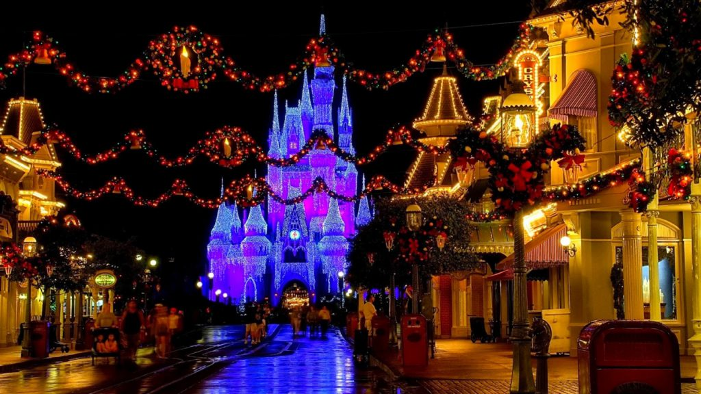 Disney World on christmas Best Tour Place